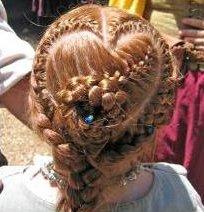 valhalla-renaissance-faire-2009-hairdo1